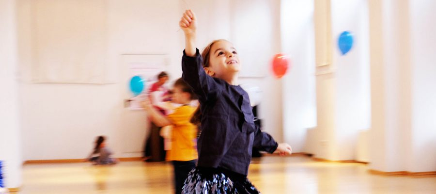 Tanzen mit Luftballons